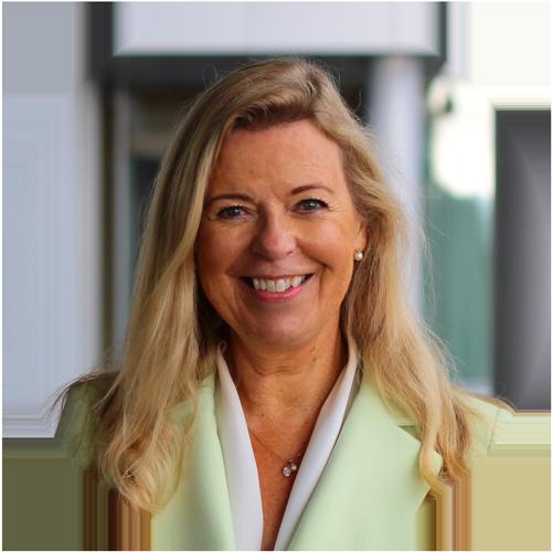 Sonja Weckström-Nousiainen smiling.